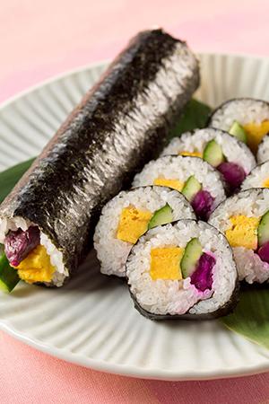 しば漬きゅうりの太巻き寿司