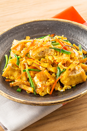 生しばとひきわり納豆の野菜サラダ
